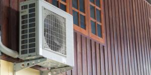 Mini-splits and heat pumps installed in homes without adequate insulation and air sealing will often fail to make a difference in home comfort & efficiency.